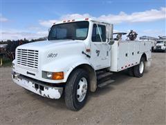 1993 International 4700 S/A Truck W/Service Body
