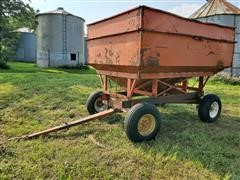 Killbros Ease-A-Way 350 Side Delivery Gravity Wagon