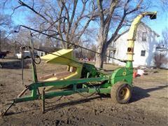 John Deere 35 Pull Type Forage Harvester W/Headers