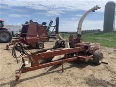 Hesston 7150 Pull-Type Forage Harvester