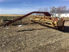 New Holland 499 Pull-Type 12' Swather