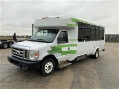 2010 Ford Eldorado Aerotech 240 Accessible Bus W/Wheelchair Lift