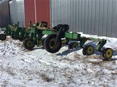John Deere 875 3-Pt Fertilizer Applicator