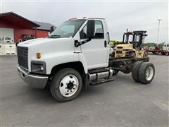 2003 GMC C6500 4X2 Cab & Chassis