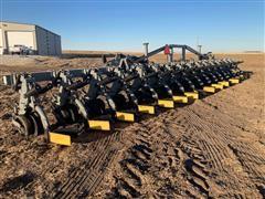 Hiniker 6000 16 Row Cultivator
