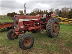 1967 International Farmall 856 2WD Tractor