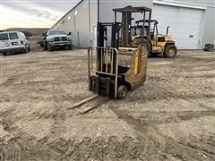 Yale ESC030ABN24SV072 Standup Forklift (INOPERABLE)