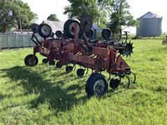Case IH 183 12R30 Cultivator