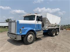 1989 International 9300 T/A Tender/Feed Truck