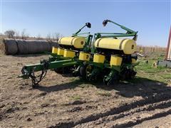 2007 John Deere 1760 MaxEmerge XP 12R30 Corn Planter