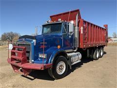 2004 Kenworth T800 T/A Manure Spreader Truck
