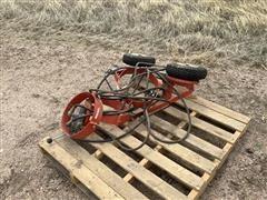 Westfield Hydraulic Swing Hopper Mover