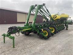 2010 John Deere 1770NT 24 Row 30in High Speed Planter