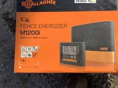 Gallagher M1200i Electric Fencer W/fiberglass Posts & Supplies
