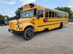 2001 International 3000 64 Passenger School Bus