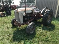 1956 Ford 800 2WD Tractor
