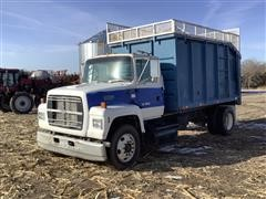 1994 Ford LN8000 S/A Silage Truck W/14' Box