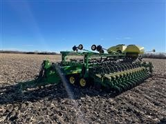 2015 John Deere DB60 Twin Row 20 Planter