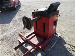 1998 CEMB C211 Automatic Wheel Balancer For Heavy Vehicles & Cars
