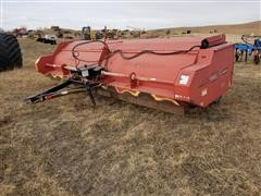 Hiniker 5610 Windrowing Flail Shredder