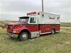 1999 International 4700 Medtec Ambulance