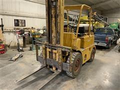 1975 Towmotor 680PLP8024 Forklift