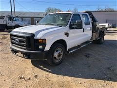 2009 Ford F350 2WD Crew Cab Flatbed Pickup