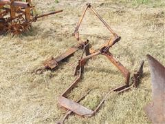 Allis-Chalmers Hitches
