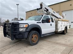 2014 Ford F550 Super Duty 4x4 Extended Cab Bucket Truck