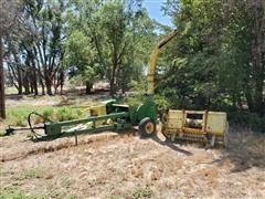 John Deere 3940 Forage Harvester