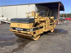 Caterpillar CB-534 Vipratory Smooth Roller
