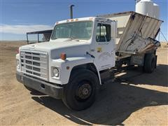 1985 International 1754 S/A Feed Truck W/Harsh Mobile Mixer Box