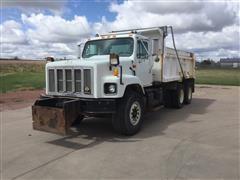 1995 International 2674 6x4 T/A Dump Truck