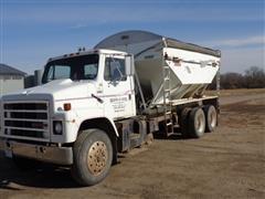 1988 International F-2375 T/A Fertilizer Tender Truck