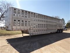 2001 Wilson PSDC1-302 Aluminum Tri/A Livestock Pot Trailer