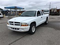 1999 Dodge Dakota Club Cab Pickup Truck