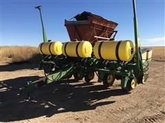 John Deere 7200 MaxEmerge 2 6R30 Planter