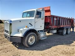 2000 Freightliner FLD112 T/A Spread-All Manure Truck