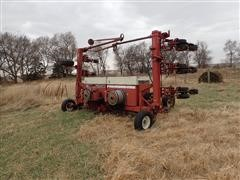 International 800 12RN Planter For Parts