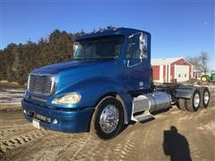 2004 Freightliner Columbia 120 T/A Truck Tractor