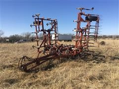 Wil-Rich 10 FCW Field Cultivator