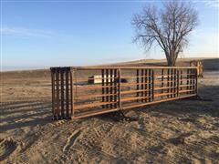 Hirsch Custom Welding Full-Frame Free-Standing Livestock Panels