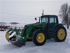 2003 John Deere 7520 MFWD Tractor W/741 Grapple Loader