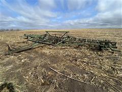John Deere 1000 40' Field Cultivator
