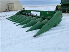 2010 John Deere 608C 8 Row Corn Header