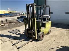 Clark G500Y30 Forklift