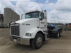 2000 Kenworth T-800 Day Cab Truck Tractor