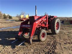 International 806 2WD Tractor W/Loader