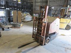 Clearr 224 LP Standup Forklift