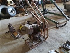 Briggs & Stratton Auger Motor And Bracket